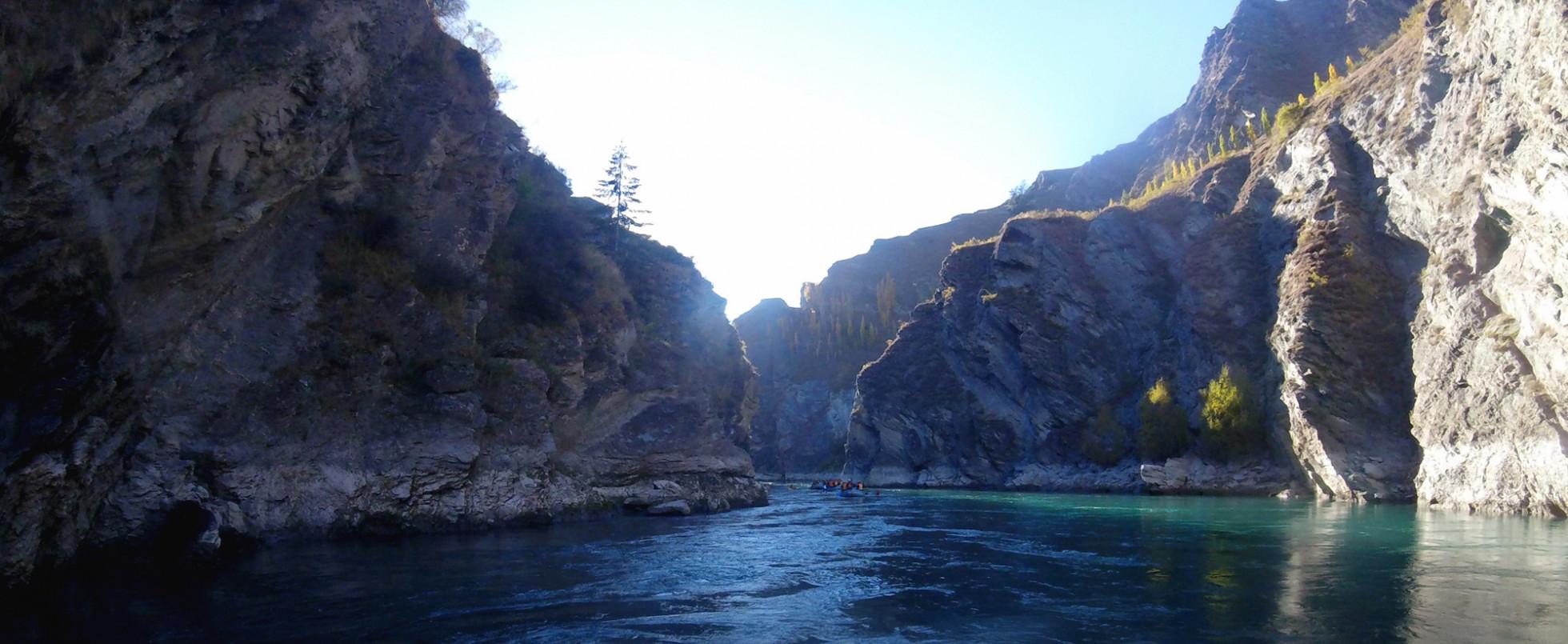 Kawarau Gorge: The Pillars of the Kings