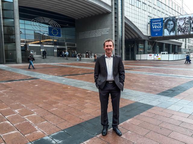 Stefan presenting at the European Parliament. Brussels, November 2017.