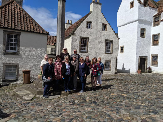 In the village of Culross (Cranesmuir).