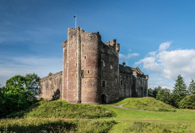Doune Castle is Castle Leoch in the show.