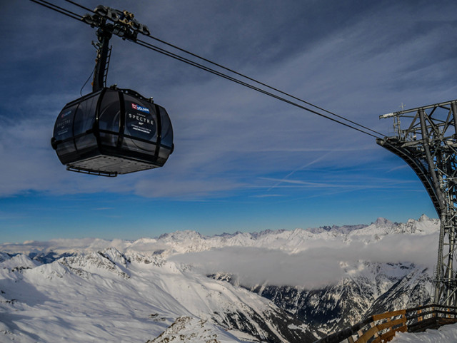 The Gaislachkogl cable car was opened in 2010 andis one of the highest of its kind.