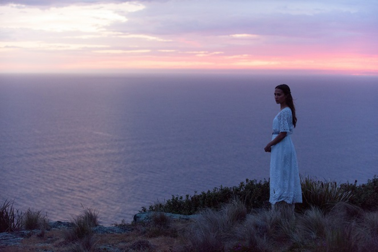 Film tourism market potential analysis of the movie The Light Between Oceans.
