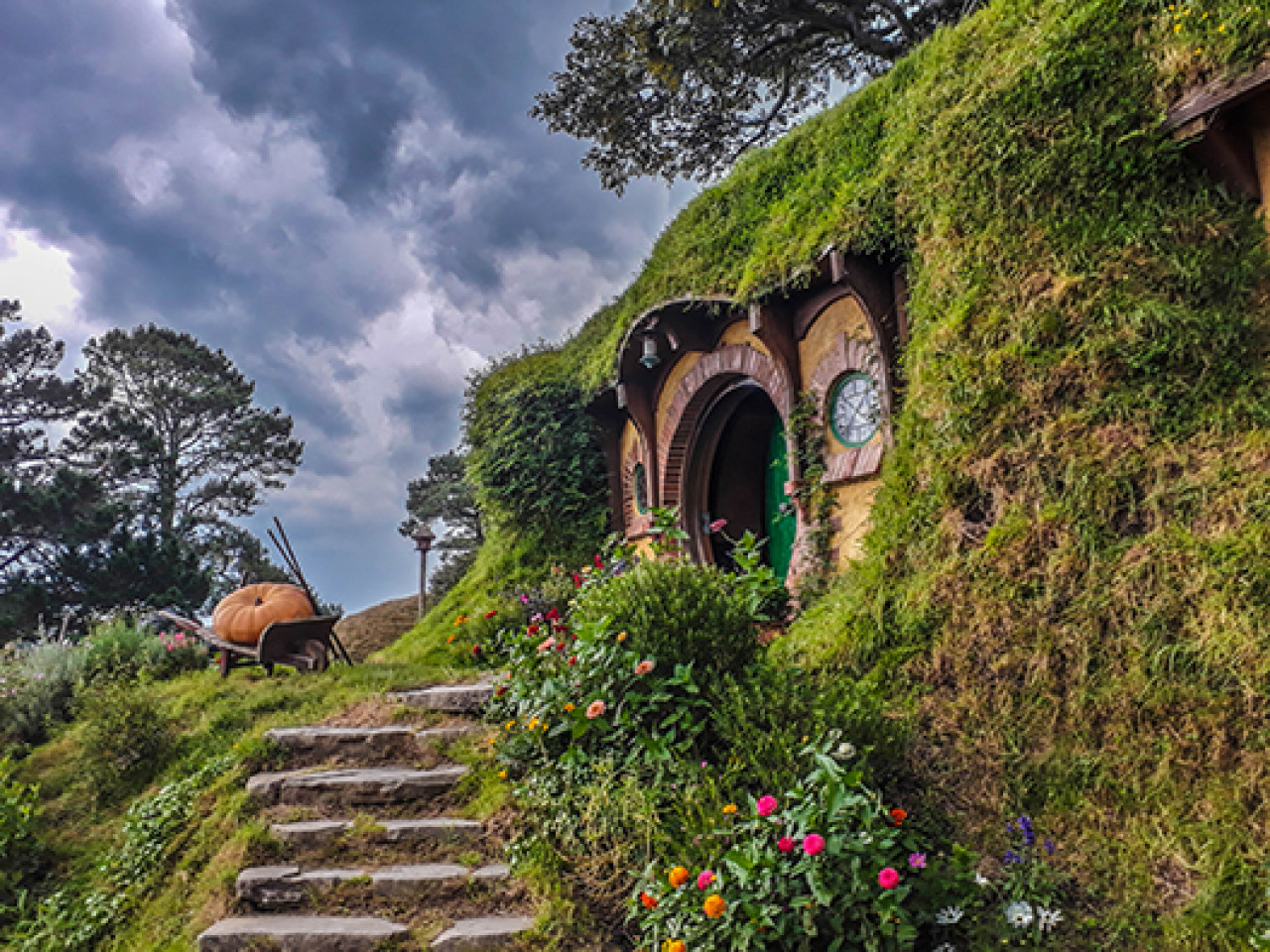 Even if the weather is not picture-perfect, Bag End is a sight to behold.