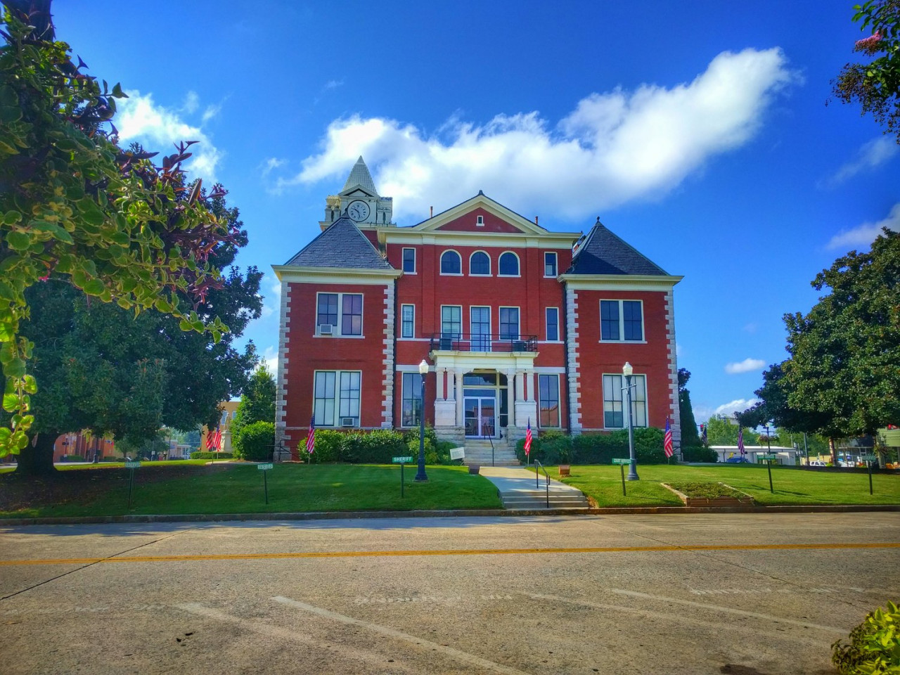 The Hawkins Library (aka: Butts County Courthouse).