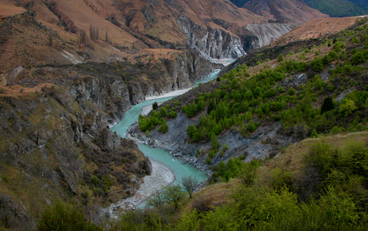 Skipper's Canyon and the Shotover River.