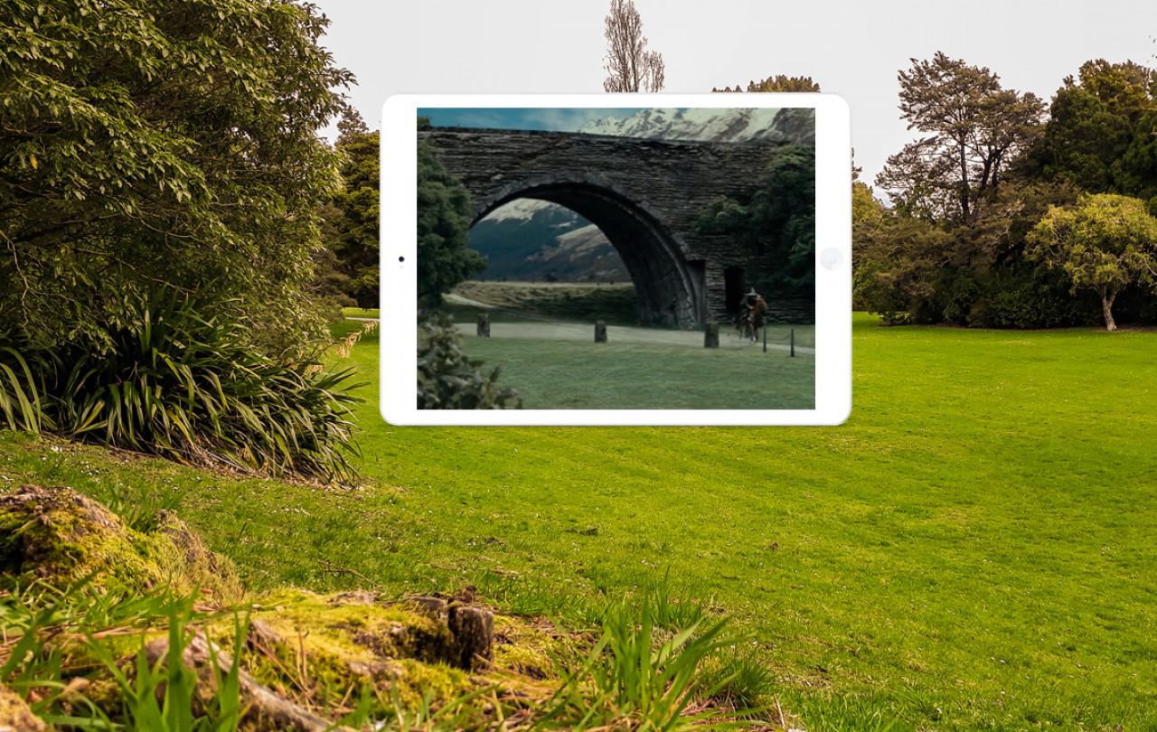 Gandalf gallops through the gate of Isengard to seek the advice of Saruman.