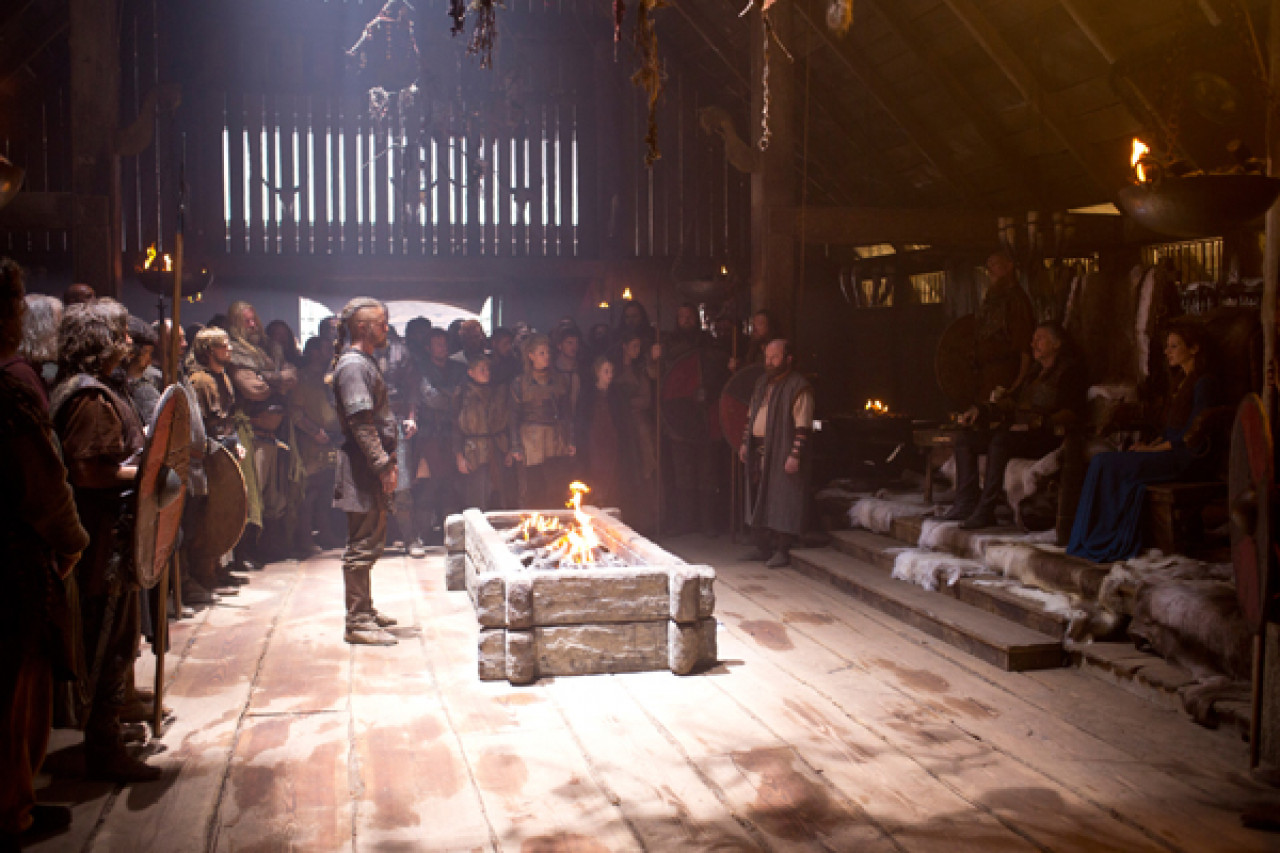 Ragnar is summoned in front of Earl Haraldson and his wife Siggy.