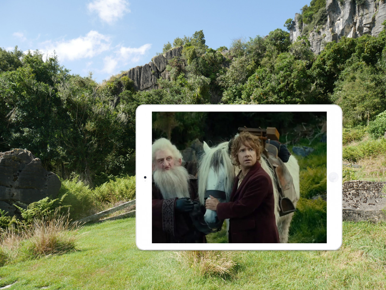 Bilbo, Gandalf and the dwarves arrive at an abandoned farmhouse where they set up camp for the night.