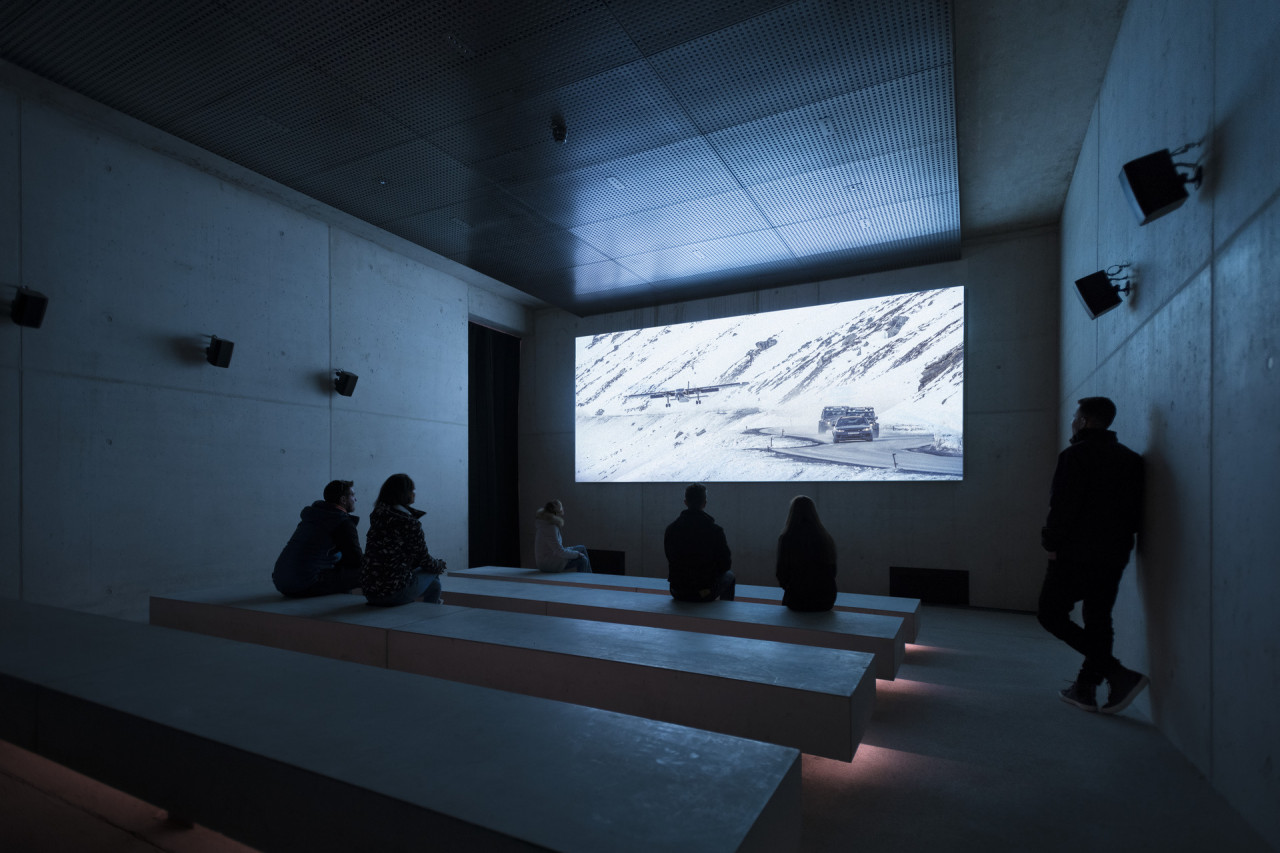 The Screening Room shows the entire Spectre sequence that was shot in the Ötztal Valley.