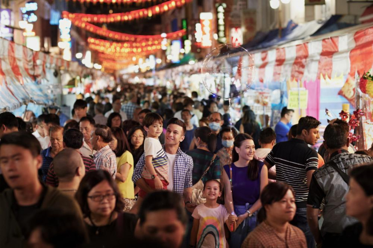 It's easy to get yourself lost in the maze of Chinatown's crowded streets.