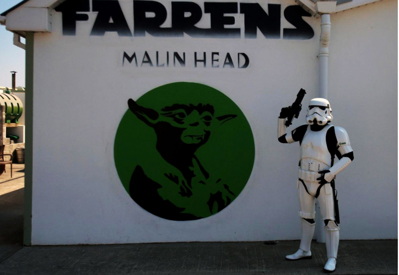 The Yoda mural outside Farren's Bar was created shortly after the filming was finished.