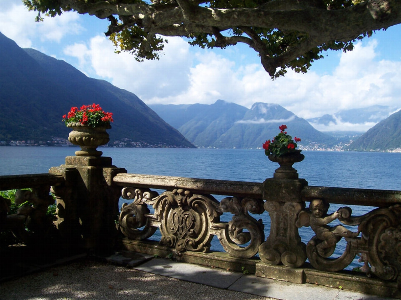Lake Como, a key location in Attack of the Clones.