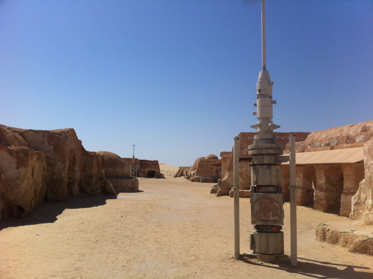 The Mos Espa set is one of very few Star Wars location in Tunisia you can visit on a regular tour