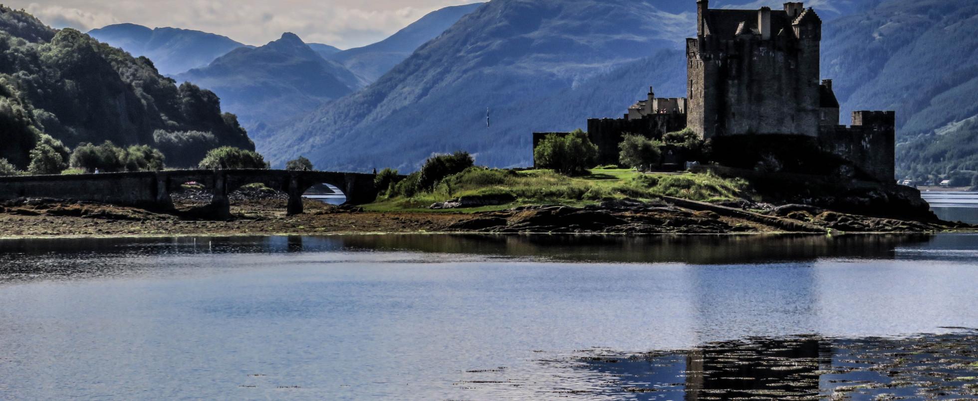 Eilean Donan Castle, Scotland: Highlander
