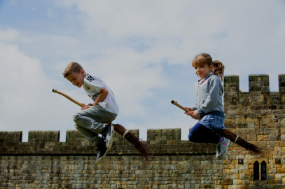 Alnwick Castle: The Art of Flying a Broomstick