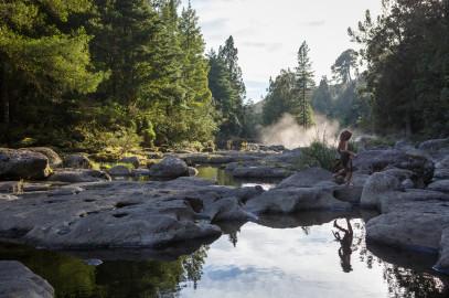 Pete's Dragon: McLaren Falls