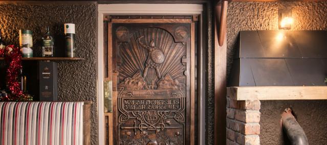 The Doors of Thrones
